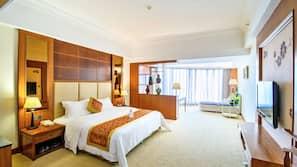 高級寢具、迷你吧、房內夾萬、書桌