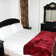 Al Eairy Furnished Apartments Qassim 2