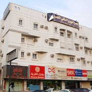 Al Eairy Furnished Apartments Jeddah 4