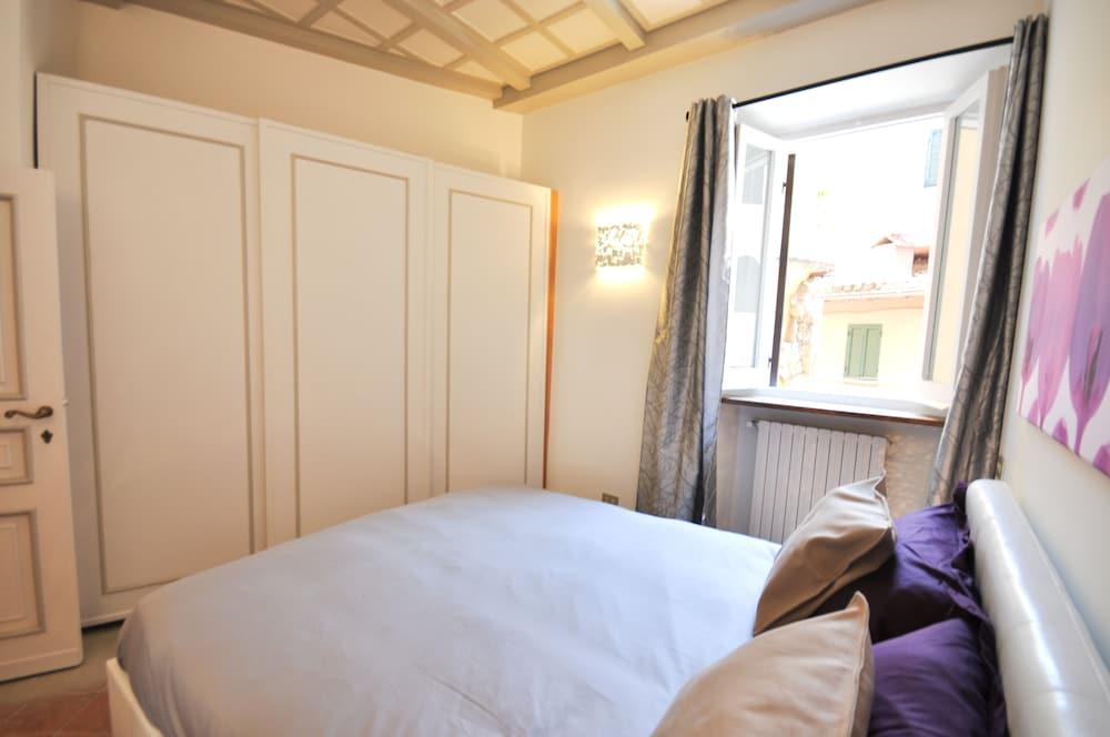 ... Image Apartment, 2 Bedrooms (Vicolo Della Campanella 17)   Guestroom ...