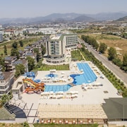 Hedef Beach Resort & Spa Hotel - All Inclusive