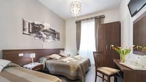 Frette Italian sheets, premium bedding, in-room safe, desk
