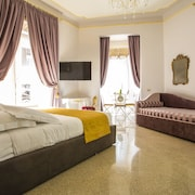 Trastevere Royal Suite
