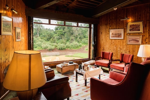 Serena Mountain Lodge