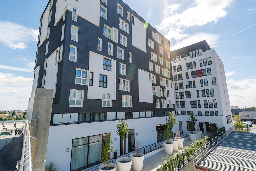 All suites appart hotel choisy le roi deals reviews for Appart hotel ile de france