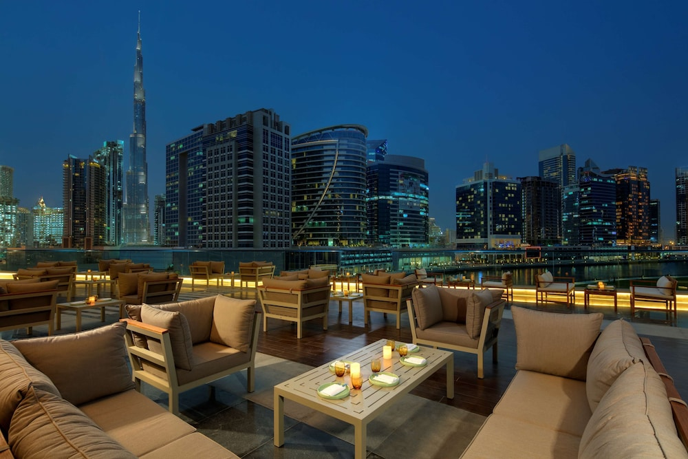 Restaurant, Radisson Blu Hotel Dubai Waterfront