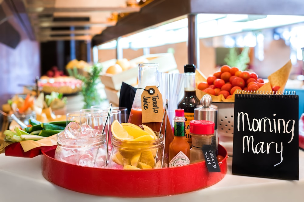 Food and Drink, Radisson Blu Hotel Dubai Waterfront