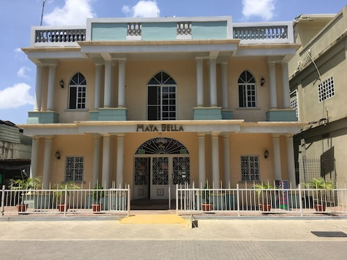 Maya Bella Downtown Hotel