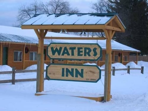 Front of Property, The Waters Inn