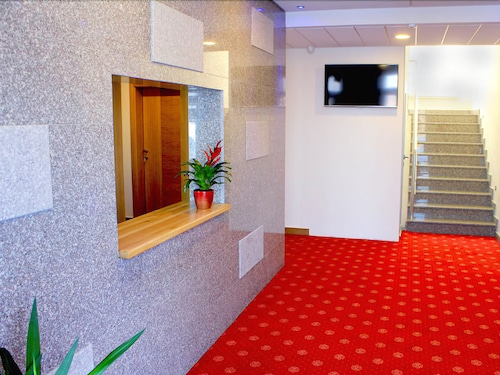 Hotels Near Sarajevo Airport Sjj Hotels With Free Airport