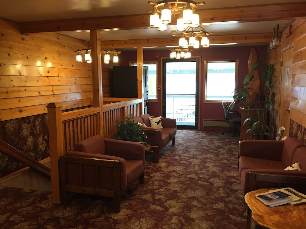 Featured Image, Captain's Choice Motel
