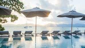 2 outdoor pools, open 8:00 AM to 7:00 PM, free cabanas, pool umbrellas