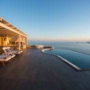 Naxos Rock Villas