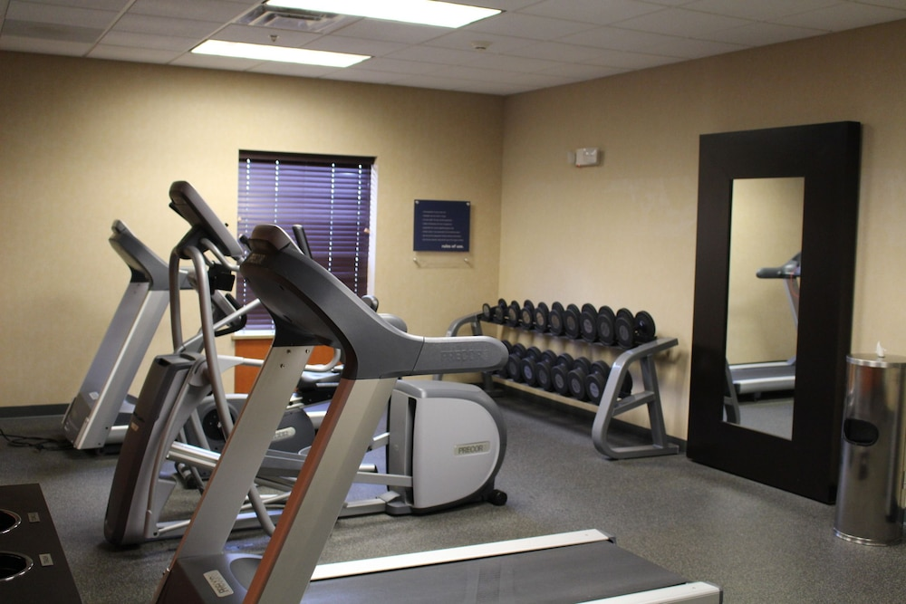 Fitness Facility, Hampton Inn Gretna