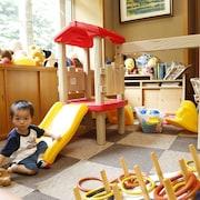儿童活动区 - 室内