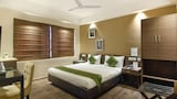 Treebo The Saltee - Kolkata Hotels