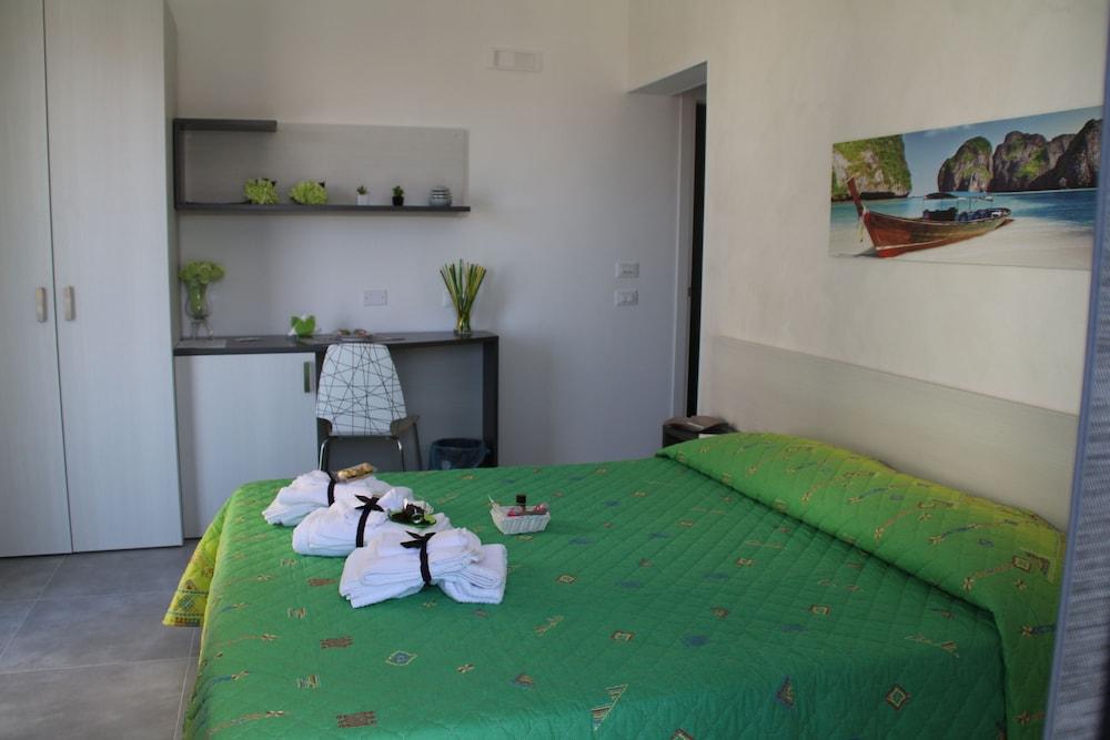 La Terrazza SPA B&B: 2018 Room Prices, Deals & Reviews | Expedia