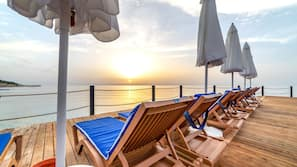 Private beach nearby, sun-loungers, beach umbrellas, beach towels