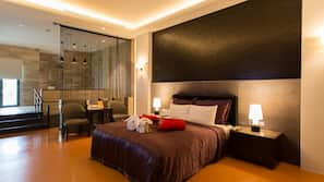 1 bedroom, individually furnished, desk, blackout drapes
