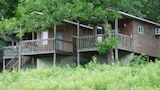 Mansfield Woods Vacation Cabins - Mansfield Hotels