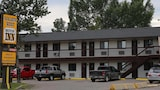 Golden West Motor Inn - Carstairs Hotels