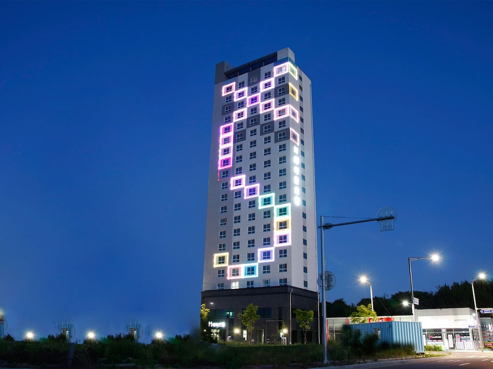 Front of Property - Evening/Night, Incheon Airport Hotel Heyden Yeongjong