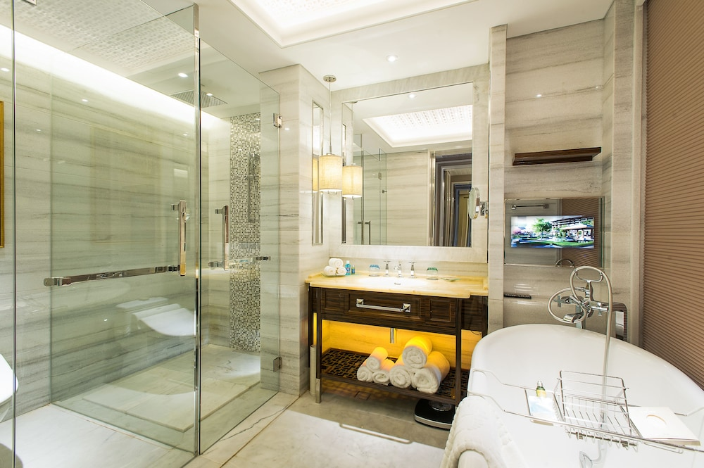 Bathroom, Grand Bay Hotel Beijing