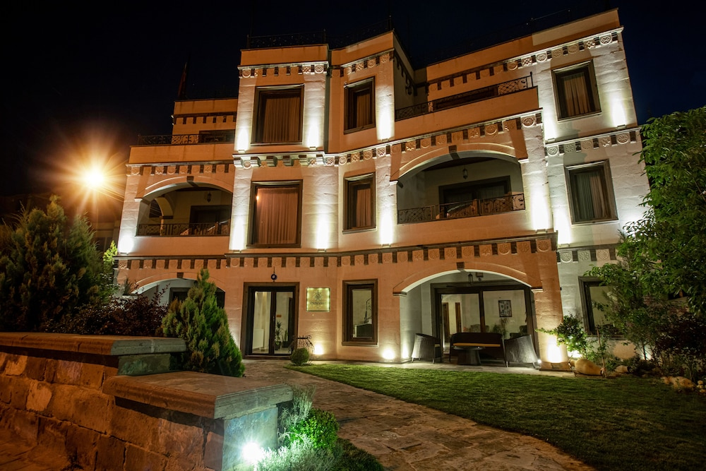 Front of Property - Evening/Night, Osmanli Cappadocia Hotel