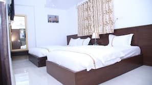 1 bedroom, minibar, in-room safe, desk