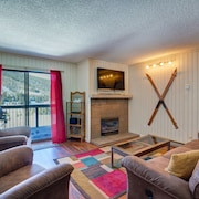 67 Peaks View Ct 222 - 2 Br condo by RedAwning