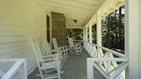 5th Street - 4 Br home by RedAwning - Highlands Hotels