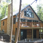 Lake Winnipesaukee - Waterfront - 518 - 4 Br home by RedAwning
