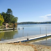 Lake Winnisquam - Beach Access - 101 - 3 Br home by RedAwning