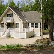 Lake Winnipesaukee - Beach Access - 138 - 3 Br home by RedAwning