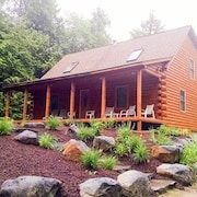 Lake Winnipesaukee - Beach Access - 130 - 4 Br home by RedAwning