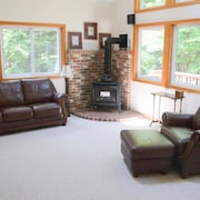 Lake Winnipesaukee - Beach Access - 140 - 3 Br home by RedAwning