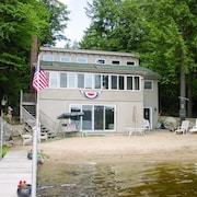 Lake Winnipesaukee - Waterfront - 376 - 3 Br home by RedAwning