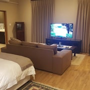 Executive Suite Woodmead East - Adults Only