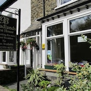 Broadlands Guest House (Adult Only)