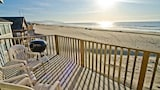 Ocean Waves 1 - 4 Br home by RedAwning - Pacific City Hotels