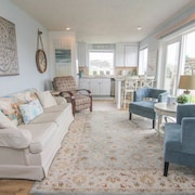 Ohana Shores - 2 Br home by RedAwning
