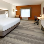 Holiday Inn Express & Suites Sturbridge