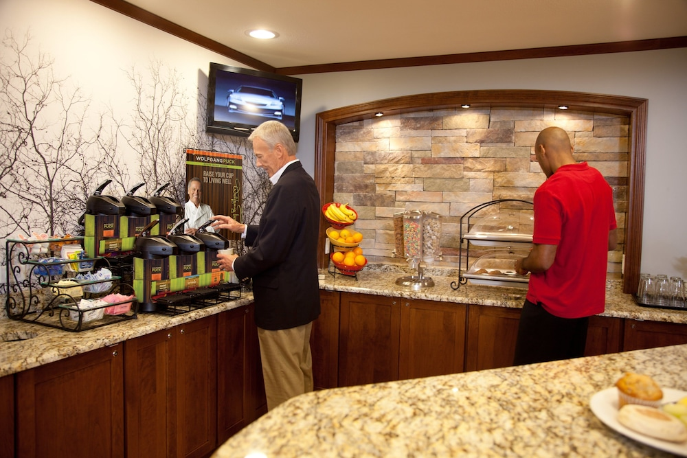 Breakfast Meal, Staybridge Suites Pittsburgh-Cranberry Township