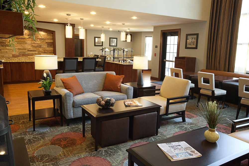 Lobby, Staybridge Suites Pittsburgh-Cranberry Township