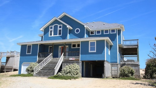 Beauty & The Beach - 5 Br Home