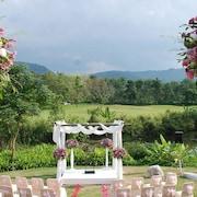 屋外結婚式場