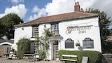 Greyhound Inn - Bedale Hotels