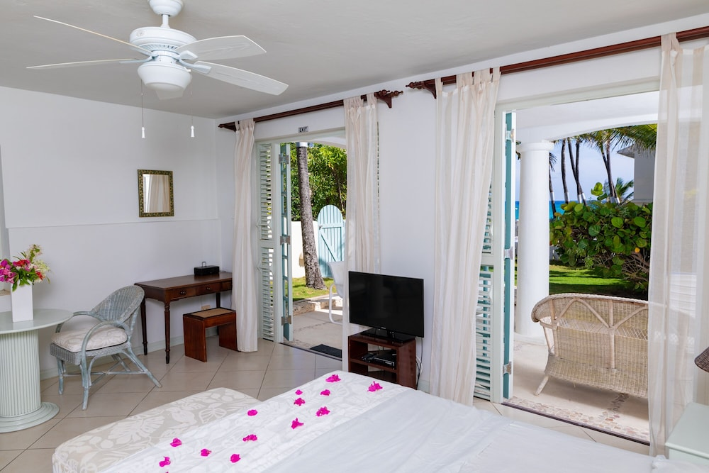Room, Inchcape Seaside Villas