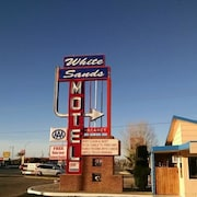 White Sands Motel