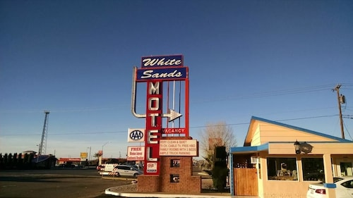 Great Place to stay White Sands Motel near Alamogordo